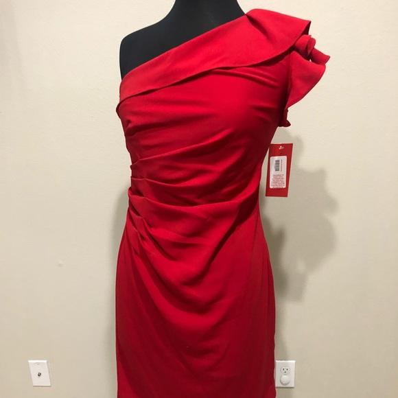 2bcdd41e0cde Carmen Marc Valvo Dresses   Red One Shoulder Dress Sz6   Poshmark